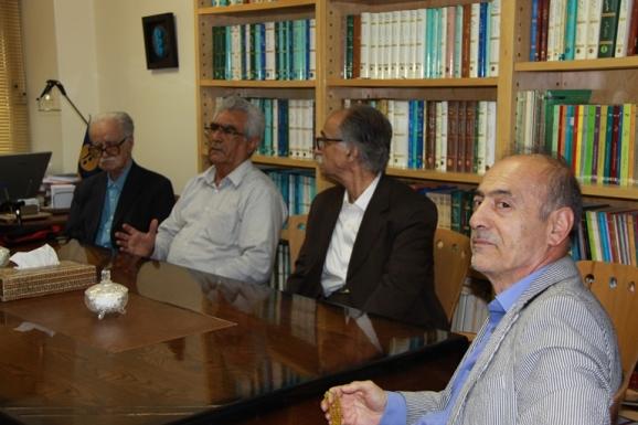 از راست: محمدحسین ساکت، محمود عابدی، جواد محمدی خمک و محمد روشن
