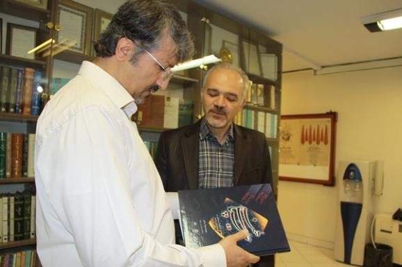 از راست: محمدجواد جدی و اکبر ابرانی