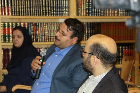 گودرز رشتیانی - پژوهشگر تاریخ و مدرس دانشکده مطالعات جهان دانشگاه تهران