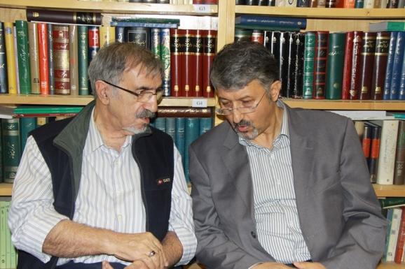 آقای اکبر ایرانی و دکتر سید علی موسوی گرمارودی