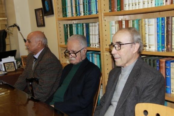 دکتر علی اشرف صادقی ، استاد محمد روشن ، دکتر قاسم صافی