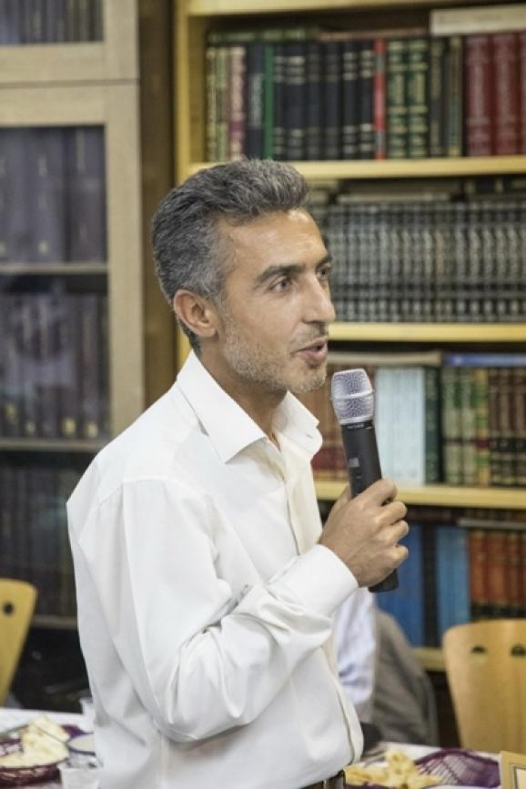 محمد شکری فومشی - مؤلف کتاب دست نوشته های مانوی تورفان