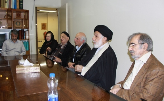 دکتر علی موسوی گرمارودی، حجتالاسلام سیدهادی خامنهای، دکتر محمدرضا توکلی صابری، دکتر مهدی محقق