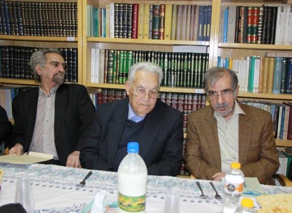 دکتر سیدعلی موسوی گرمارودی، پروفسور یوسف ثبوتی، منوچهر صدوقی سها