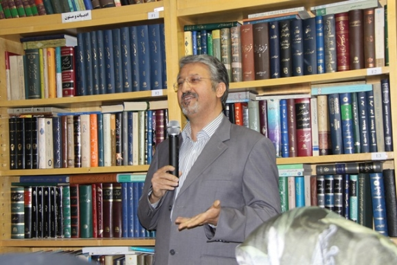 دکتر اکبر ایرانی